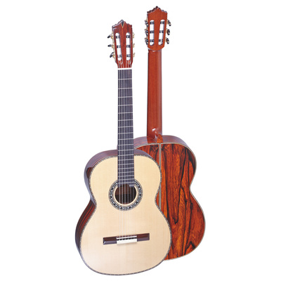 GC-18F A magnificent Masterpiece with Solid AAA+ Grade European Spruce/Cedar Top and charming...